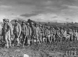 soldat genie us repas reconstruction pont par Margaret Bourke white