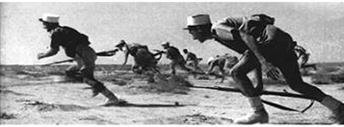 Attaque des légionnaires de la 13 DBLE lors de la bataille de Bir Hakeim