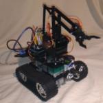 Robot sur Chassis Chenille et Bras Robotique avec Arduino et Raspberry Version 2